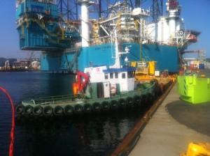 RIBO (LEBE) Havnebåt tjenester / slepebåt tjenester i Jåttåvågen. Brygger og Kaier Sokn As
